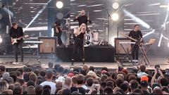 "PVRIS ""Smoke"" Live Performance"