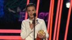 Millie Bobby Brown aceitando o MTV Movie & TV Awards é a coisa mais fofa do mundo