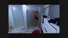 Geordie Shore | Marty e Chloe tomam banho juntos
