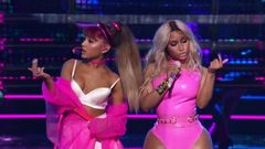 "Ariana Grande ""Side To Side"" Ft. Nicki Minaj Live"