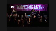 Alaska&Mario 4: Episodio 8 - #Topichella Actuación Sorpresa