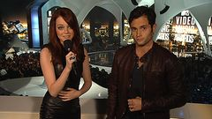 Emma Stone et Penn Badgley présentent Linkin Park