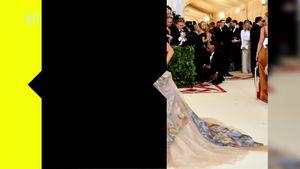 Ponytail, felpona e stivali: la guida allo stile di Ariana Grande