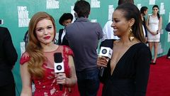 Red Carpet Report: Holland Roden