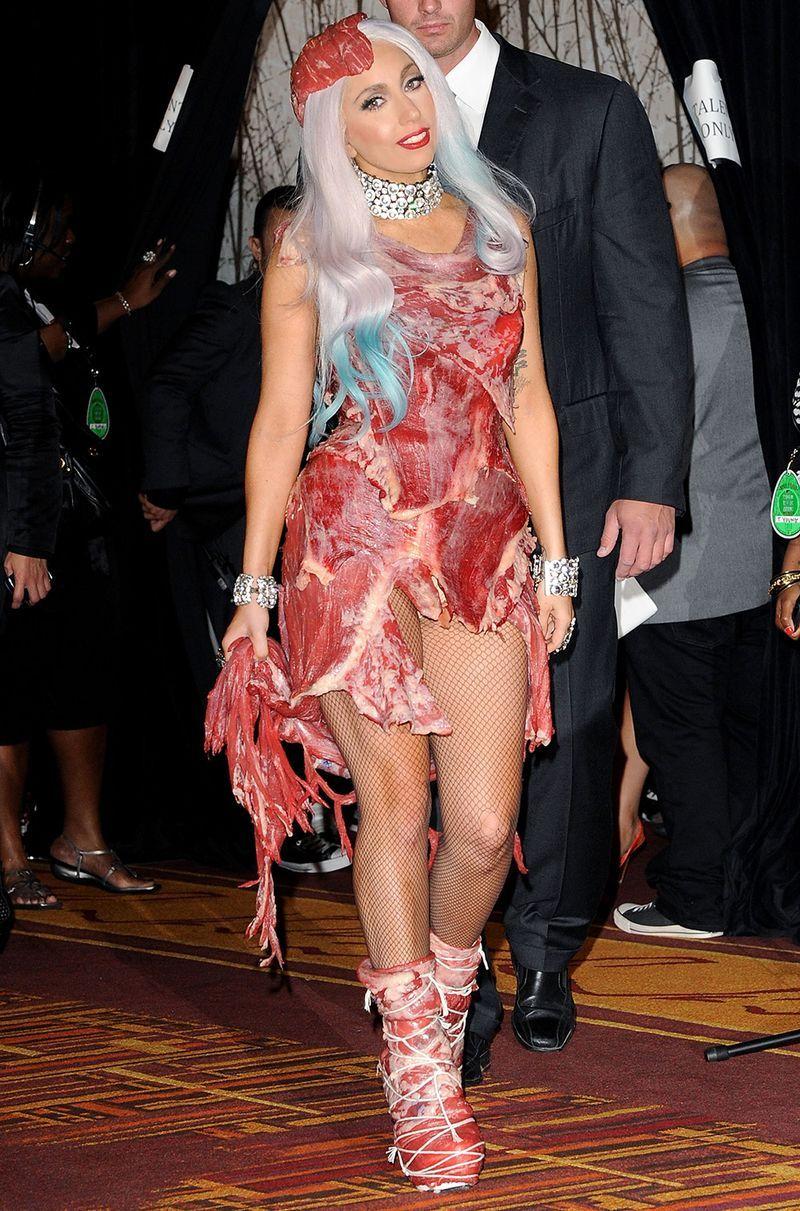 Mtv Vmas 2016 Lembras Te Do Vestido De Carne Da Gaga Olha