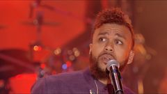 """Jidenna """"Helicopters"""" Live Performance"""