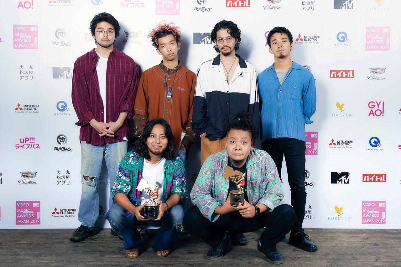 King Gnu & OSRIN & King Gnu /  ディレクター OSRIN・プロデューサー 佐々木集(PERIMETRON)写真