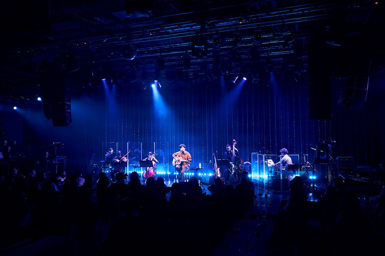 MTV Unplugged: Hata Motohiro ライブ写真